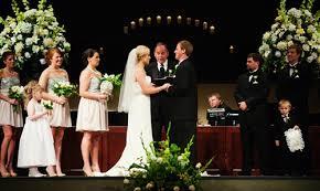 chiêm bao mơ thấy đám cưới